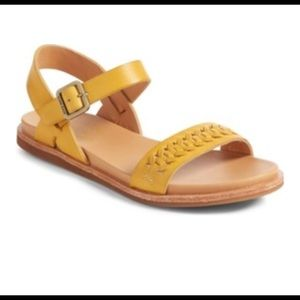 NIB Kork-Ease Women/'s Yucca Flat Leather Sandals in Brown